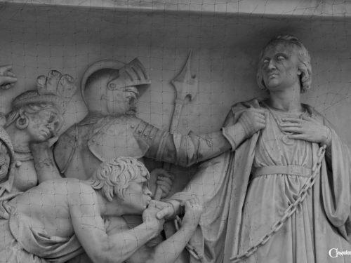 """Il terzo """"mistero"""" del monumento a Cristoforo Colombo"""